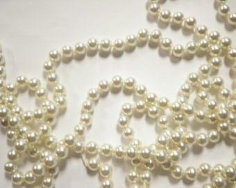 7 Ft. String of Imitation Pearls