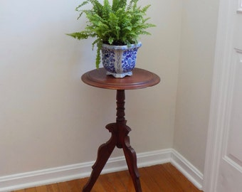 Beautiful Antique Eastlake Plant Fern Candle Stand - Entryway Hallway Arts Crafts Victorian Carved Pedestal Side Table