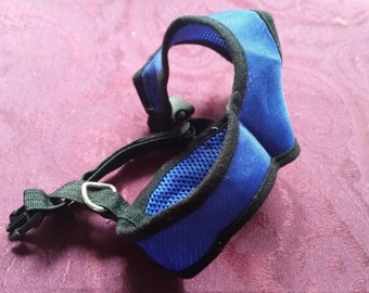 Small pet harness   Royal blue