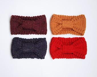 UN BANDEAU fait de laine récupérée ici et là, choisissez votre couleur parmi les choix montrés
