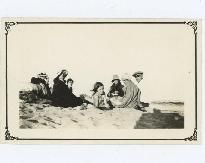 Beach Picnic, 1932 Vintage Snapshot Photo (59411)