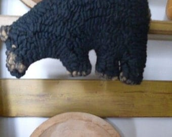 Primitive Folkart Grizzly Black Bear Hooked Rug Beaconhillcollect  We Ship Internationally