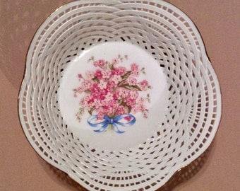 Vintage Cluj-Napoca ROMANIAN Delicate Pink Flower Basket Weave Pink Bowl