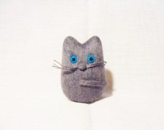 Needle Felted Cat -  miniature grey cat figure - 100% merino wool - wool felt cat - needle felt animal -gray cat - pocket cat