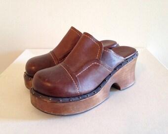 Vintage Chunky and Clunky 1990s Mia Clogs Size 7 Hippie Boho