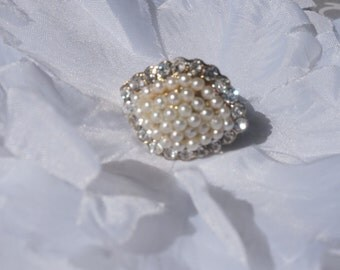 Ivory Pearl Rhinestone Ring