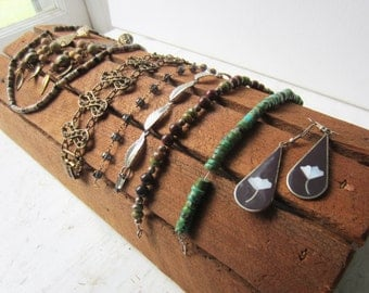 "Rustic Bracelet / Necklace Jewelry Display - 100% Reclaimed Wood - Ready to Ship 14"" x 7"" x 3"""