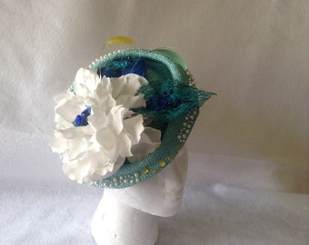 Spring blue large flower and feather saucer headpiece, Blue Sunday women's hat-Kentucky derby saucer hat -turquoise Wedding hat, light blue