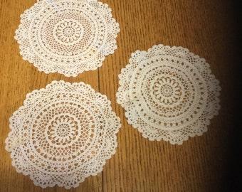 Vintage White Round Doilies