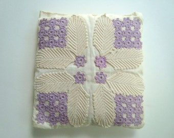 Vintage pillow - lavendar and ivory