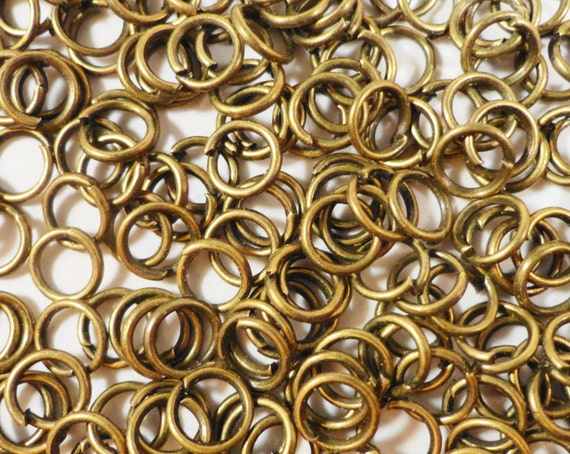 Bronze Jump Rings 5mm Antique Brass Iron Metal 25 Gauge Jump Rings, Open Jumprings, Jewelry Making, Jewelry Findings, Craft Supplies 100pcs