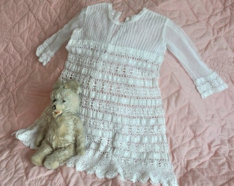 Girl's vintage lace dress, adorable white lace special occasion dress, flower girl vintage dress, white lace vintage dress, girl's sz 4-5-6