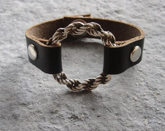 Leather Infinity Circle Bracelet - Rustic Geometric Jewelry Leather and Metal