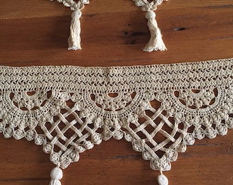 Rare crocheted edging - just beautiful!