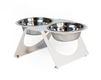 The Capsule-i - Medium Pet bowl for Cats and Dogs