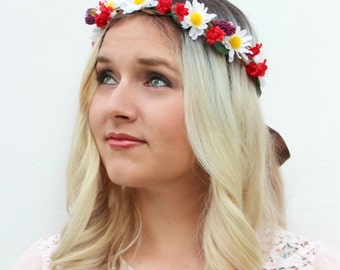 The Melody Crown | Playful fun summer flower crown | daisy floral crown | hippie chick | boho style | floral wreath | Renaissance faire