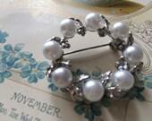 Lovely vintage Swarovski crystals round pearls brooch pin