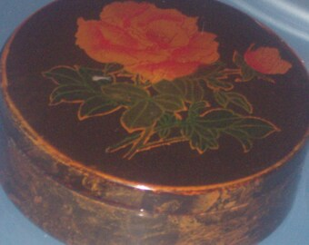 Vintage ROSE LACQUER BOX