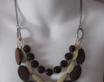 Vintage multi strand necklace / vintage necklace