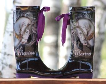 Exlusive painted boots by Laila Uiska