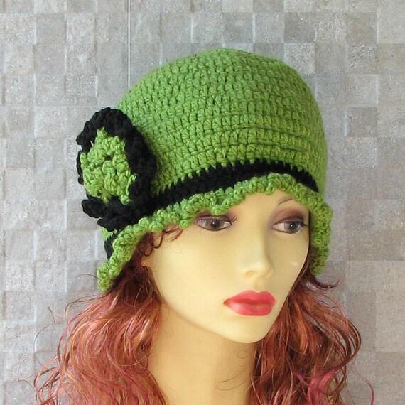 Green Cloche Hat - Knitted cloche - Cloche hand knitted - Brooch crochet - Beanie Winter Hat