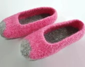 Womens MADE TO ORDER felted wool slippers, Wool slippers, Slippers, Felted slippers, Felt slippers, Non slip sole, Custom made, Gift for her