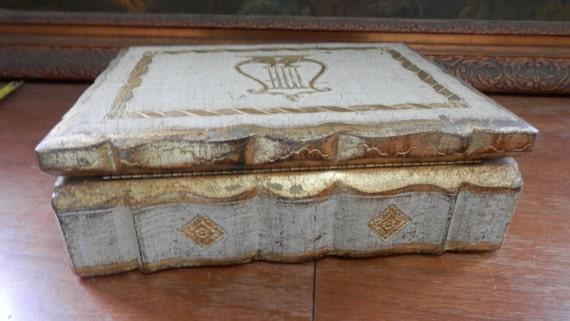 magnifique grand vieil italien florentin boite en bois or. Black Bedroom Furniture Sets. Home Design Ideas