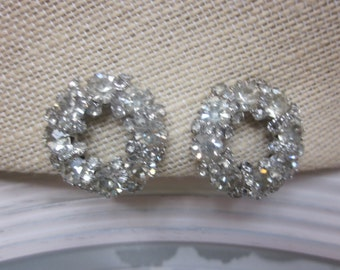 Vintage WEISS Round Rhinestone Wreath Earrings in Silver Setting, Clip On Earrings Bridal, Mother of Bride, Wedding, Holiday, Birthday Gift