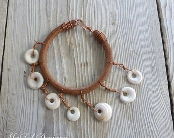 Hawaiian Puka Shell & Leather bracelet Real Copper Wired Shells