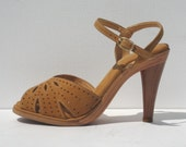 size 6.5 / 1970s mint condition tan suede and wood platform sandals