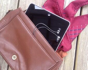 Vintage purse | Vintage Etienne Aigner brown leather satchel crossbody bag