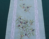 Cotton Coated Runner olives in green
