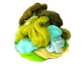 Green / Jade fibre bits for Spinning - Carding Fiber - Merino wool - Scrap Fibre - 100g/3.5oz - BATT FOOD
