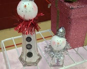 Recycled repurposed salt and pepper shakers Snow Mama and Baby