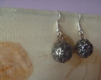 metallic floral dangle earrings, ecofriendly earrings