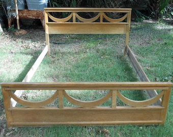 Mid Century Blonde Wood Bed Frame Headboard and Footboard MCM Cottage Chic Full Size Bedroom Set