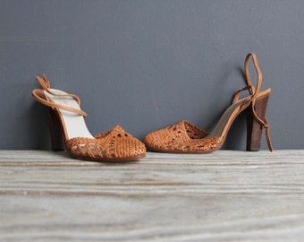 Tan Leather Hanna Mackler Italy Strappy Heels.  Size US 8.5