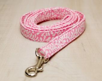 Dog Leash, Pink Swirl Dog Leash