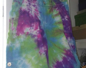 Ladies' Size 6 Cotton Twill Shorts in Rainbow Spiral Tie-dye