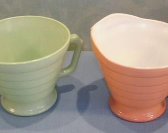 Moderntone Platonite by Hazel Atlas Pastel Green Creamer and Pink Sugar