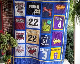 Tshirt quilt, T shirt quilt, T-shirt quilt, Tee shirt quilt,Memory quilt,Graduation gift,Sports shirt quilt,Concert shirt quilt,Custom Quilt