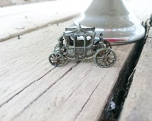 Queen Elizabeth II Vintage Coronation Coach 1950s Metal Small Scale Model Antique Retro Miniature Doll's House Toy 1953 Memorabilia