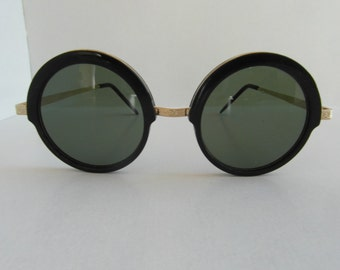 Vintage Black & Gold Round Sunglasses