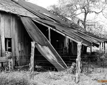 B&W Black and White Barn Photography, Country Landscape Print, Farm Decor, Old  Barn Picture, Farmhouse Decor