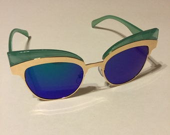 Retro never worn aqua gold cateye rockabilly pinup sunglasses