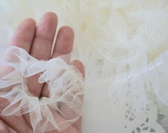 CREME MESH TULLE, Gathered Pleated Trim Ribbon