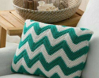 Cushions in zigzag patterns to decorate the interior of your home.
