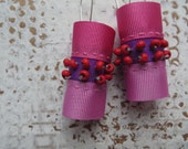 saturday / pink andpurple earrings / wooden beads earrings / fiber art jewellery / tube earrings