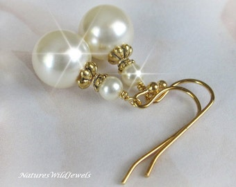 Pearl and Gold Bridal Earrings, Christmas Gift For Her, Holiday Earrings Vintage Style Pearl Wedding jewelry, Weddings, by NaturesWildJewels