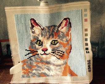 Cat embroidered for pillow cover